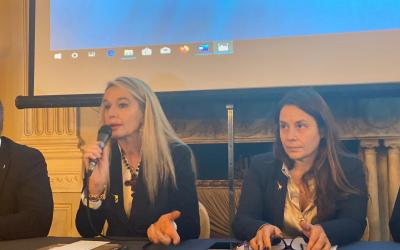 Liguria 20-25: La donna al centro