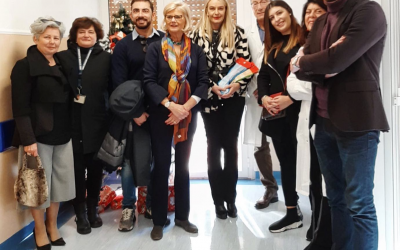 Visita al reparto di Pediatria dell'Ospedale di La Spezia per donare le calze della befana