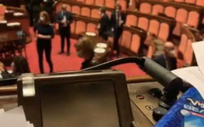 Aula del Senato occupata dalla Lega