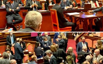 Conte cerca una maggioranza in Senato