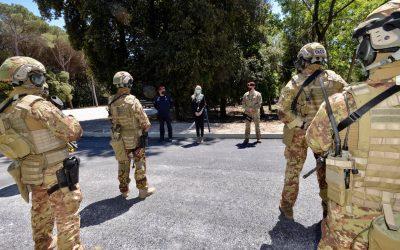 "Visita al 1° Reggimento Carabinieri Paracadutisti ""Tuscania"" di Livorno"
