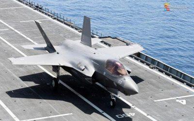 Primo appontaggio di F-35B su Nave Cavour